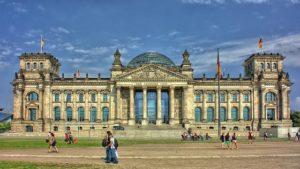 Last-Minute-Deutschland-Reichstag-Berlin